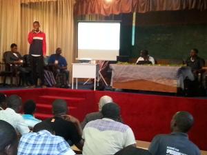 Présentation d'OSM et du projet EOF aux étudiants et professeurs de l'ESATIC