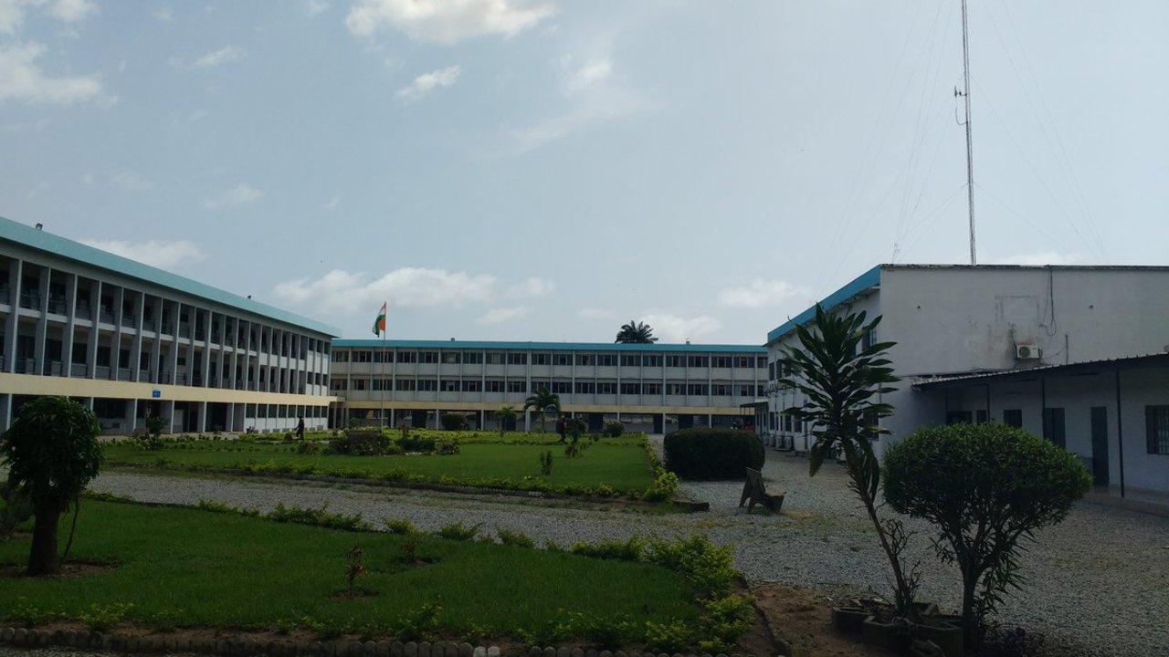 Vu depuis la salle de formation de l'ESATIC