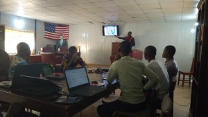 """Cotonou (Bénin) """"OSM, Free GIS and opendata"""" day : conference, hands on technical sessions and mapathon"""