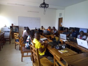 Training in Lomé (Togo) 5 days ours training « OSM, Free GIS and opendata » & 1 day mapathon